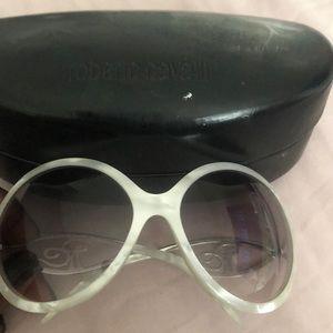 Roberto Cavalier eyewear